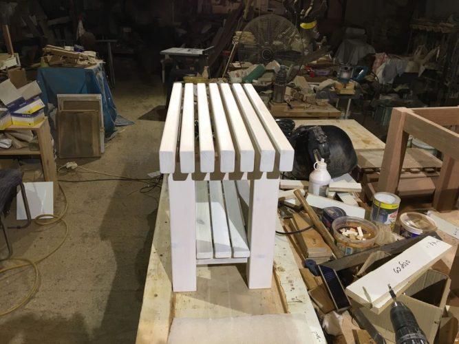 ספסל קוסטה מולבן עם מדף תחתון
