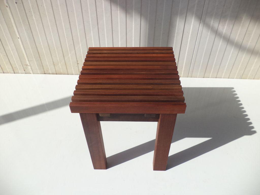 """ספסל למקלחת קוסטה 40X40 ס""""מ"""