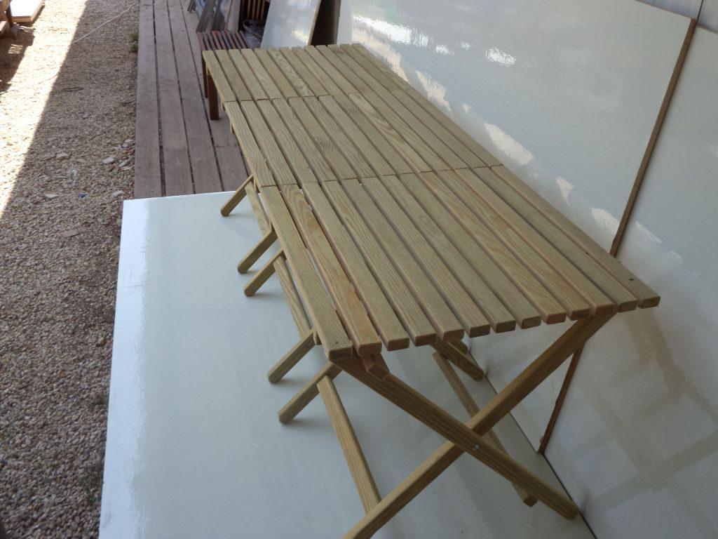 שולחן מתקפל קטן