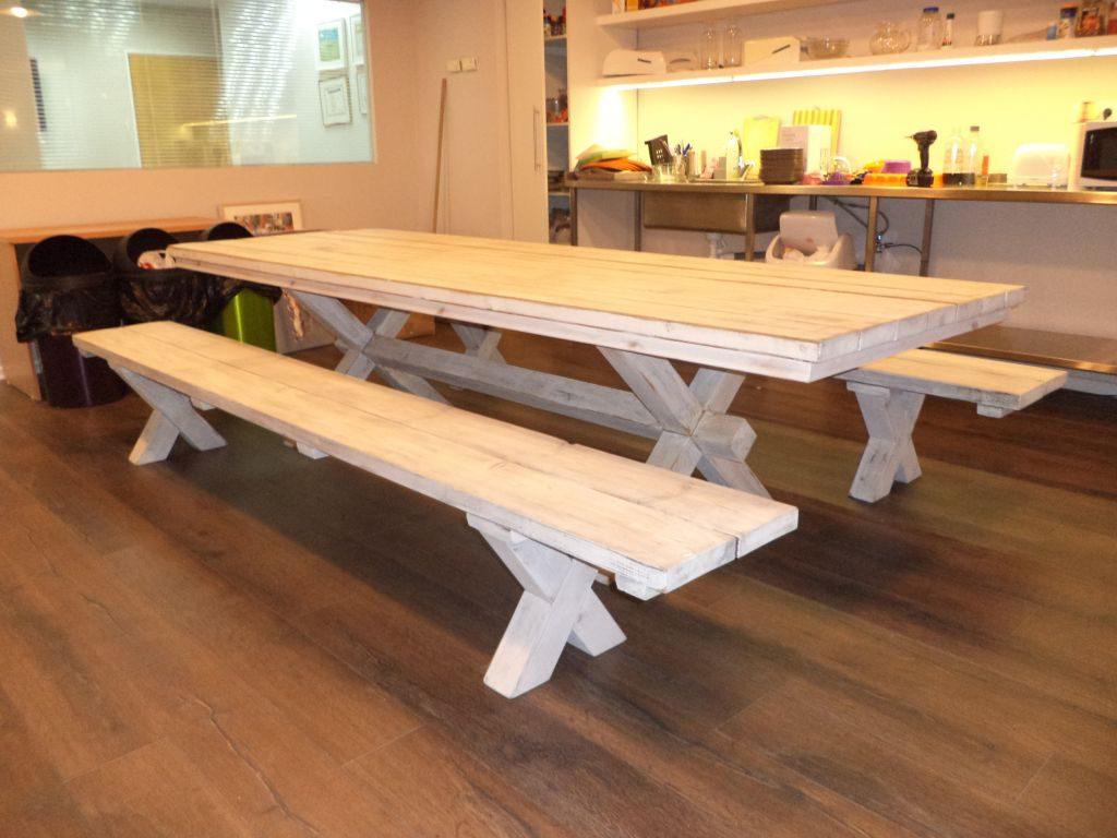 שולחן גושני